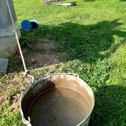Мутная вода из колодца, требует чистки колодца и фильтрацию воды