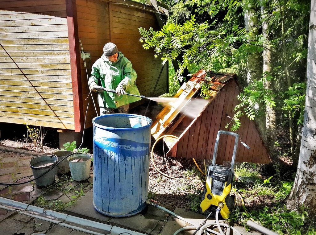 Помывка домика для колодца. Выполняется при чистке колодца
