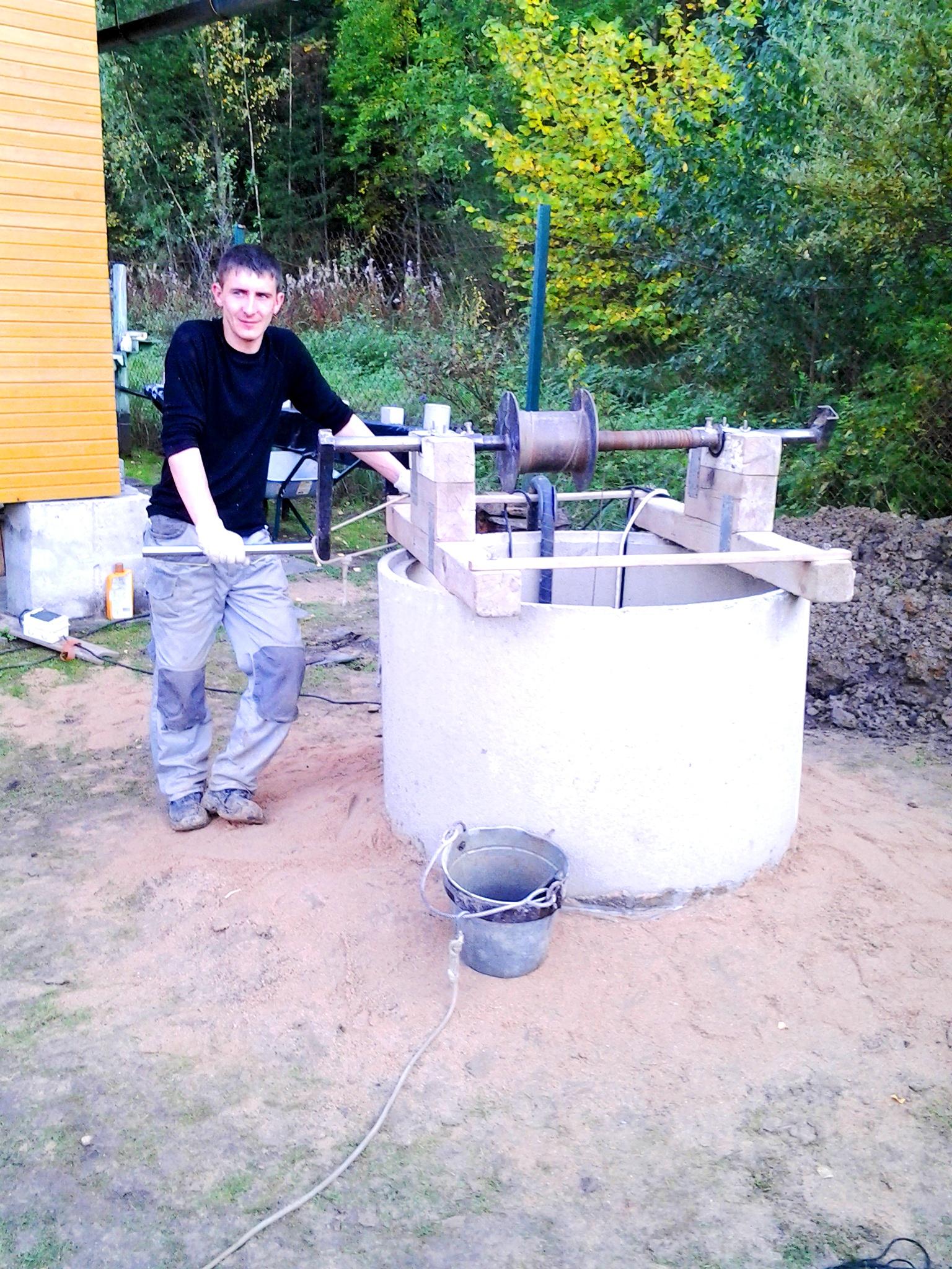 Чистка и ремонт колодца в Рузино