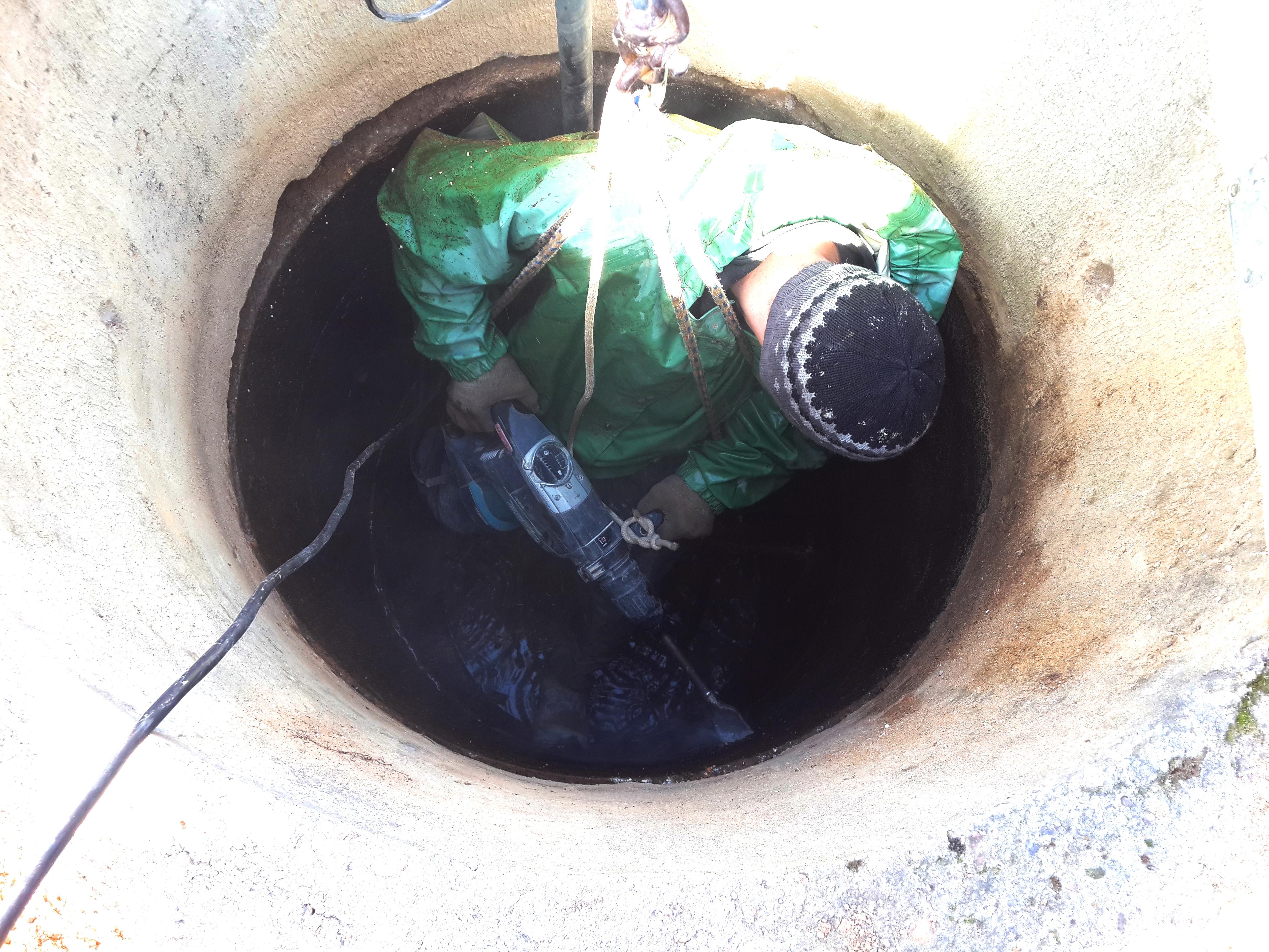 Чистка и ремонт колодца в Краснозаводске