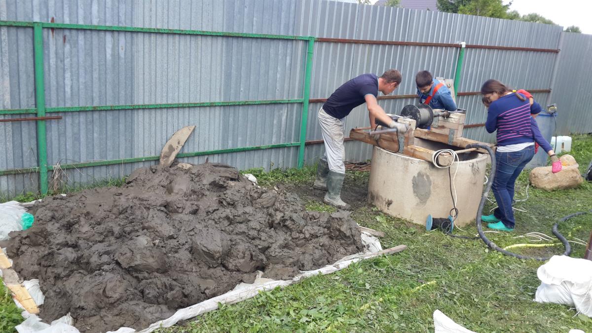 Дезинфекция и ремонт колодца в Шараповой Охоте