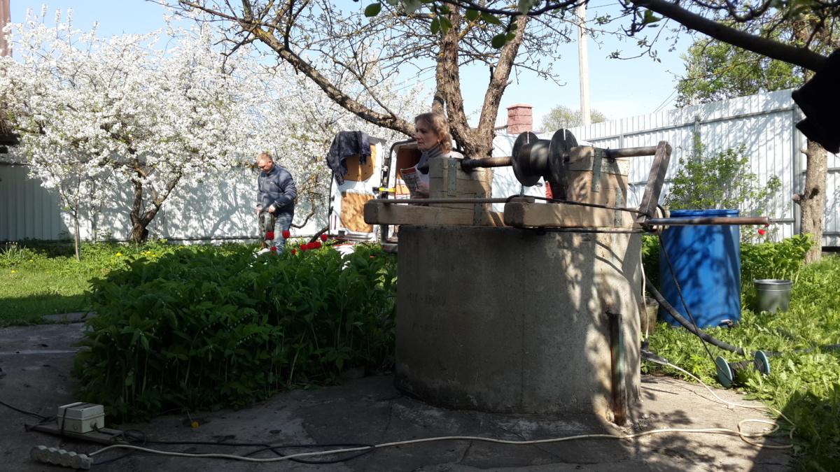 Чистка и ремонт бетонных колодцев в Селятино