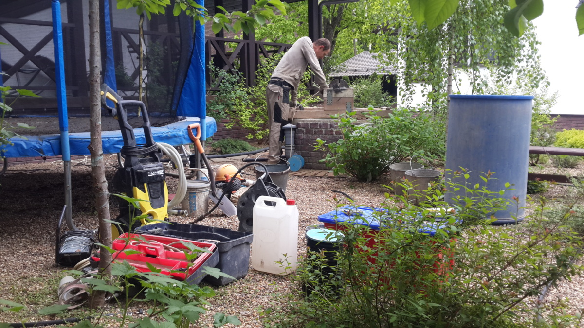 Очистка колодца на даче в Балабаново